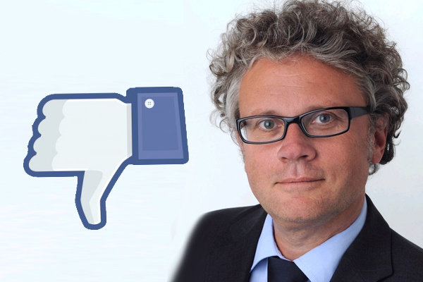 Johannes Caspar Facebook Dislike (Foto: HmbBfDI / Thomas Krenz)