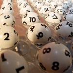 Lotto Kugeln 150 (Foto: dpa)