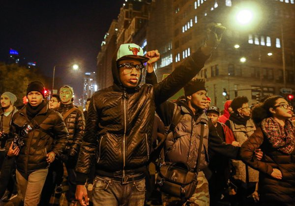 Protests erupt over video release of Chicago police officer Jason