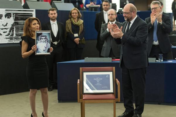 Leerer Stuhl für Raif Badawi im EU-Parlament-epa-600