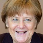 Angela Merkel lächelt 150