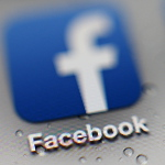 Facebook Logo Smartphone-150