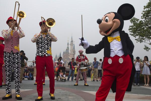 APTOPIX China Shanghai Disneyland