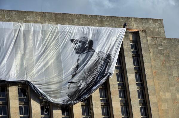 MOURNING IN CUBA FOLLOWIN FIDEL CASTRO'S DEATH