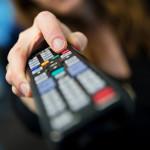 fernsehen-fernseher-fernbedienung-tv-150