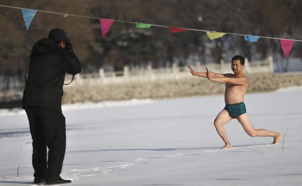 China winter swimming in Shenyang