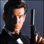 james-bond-mit-revolver-pierce-brosnan-2002-150