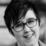 Irische Polizei lässt die zwei Verdächtigen im Fall der ermordeten Journalistin frei.