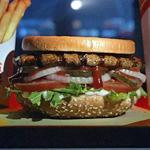Basta: Burger King stellt den Whopper auf den Kopf.   turi2
