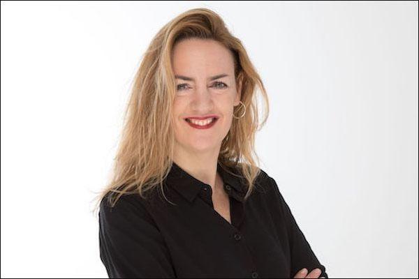 Prof Dr Julia Schoessler