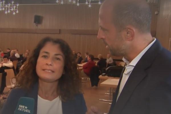 CDU-Mitglied zwingt SWR zum Abbruch einer Live-Schalte.   turi2